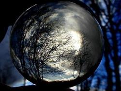 Boule de cristal et cristallomancie